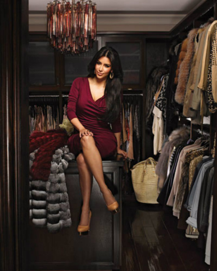 Amazing-and-Luxurious-Celebrity-Closets-Kourtney-Kardashian-2