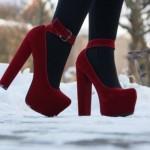 Красивые ножки на высоком каблуке