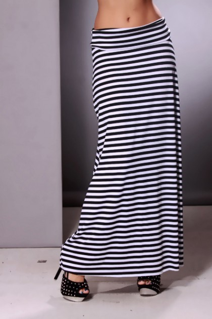 clothing-skirt-kkk8-20s21blackwhite