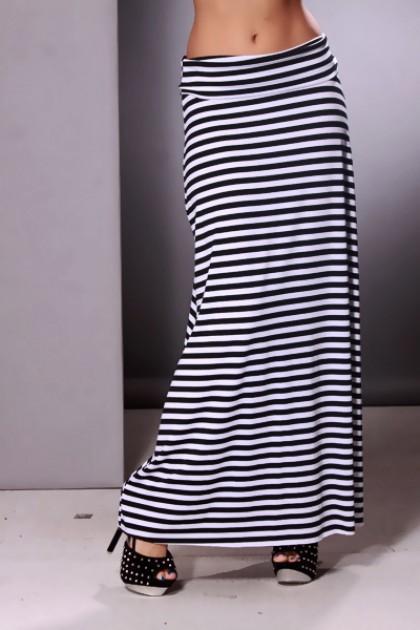 clothing-skirt-kkk8-20s21blackwhite