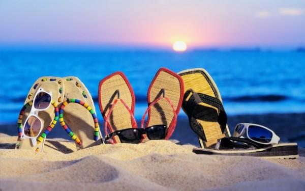 Летние сланцы для яркого отдыха
