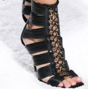 beautiful-and-fashionable-sandals-summer-201551