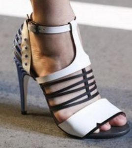 beautiful-and-fashionable-sandals-summer-201555