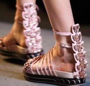beautiful-and-fashionable-sandals-summer-201564