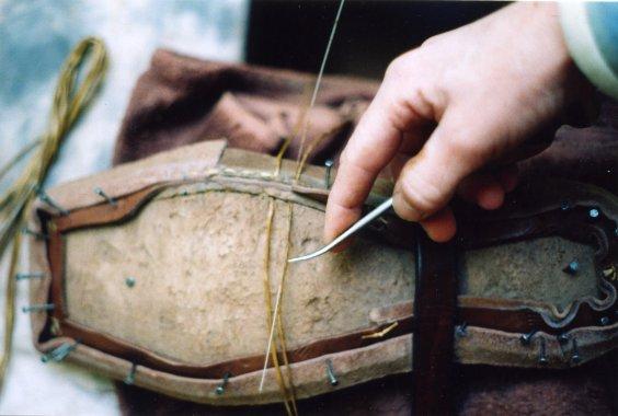 Крепление стельки, ранта и верха обуви
