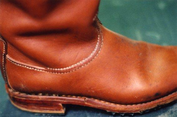 Примеры швов на мужских сапогах