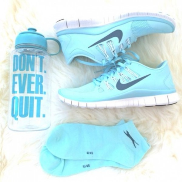ma6fx2-l-610x610-shoes-nike-run-blue-sport-jewels-socks-nike+running+shoes-light+blue-sneakers-cute-baby+blue-white+bottoms-blue+shoes