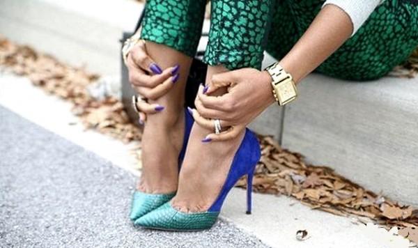 фото туфли на высоком каблуке синие лазурные