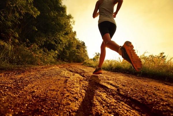 woman-running-evening