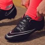 Спортивная обувь. Бутсы: бейсбольные,  для футбола и для бейсбола