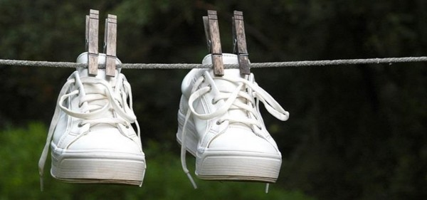 dry-your-soaking-wet-shoes-faster-without-shrinking-them-dryer.1280x600