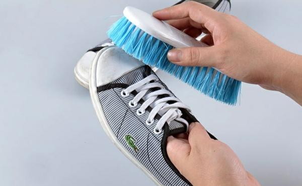 turnschuhe-waschen-sportschuhe-waschen-stoffschuhe-waschen1