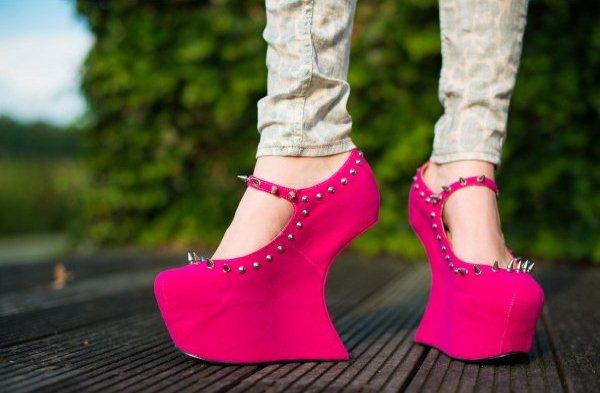 malice-heel-less-sculptured-spike-stud-concealed-platform-shoes-pink-p818-3071_image