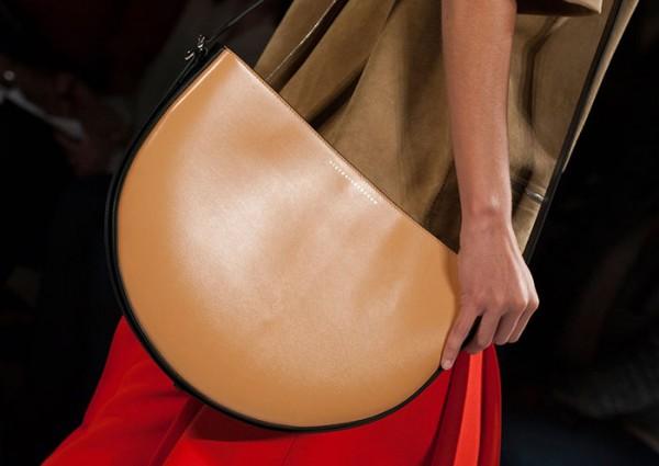 NYFW_spring_2016_best_accessories_Victoria_Beckham_handbags