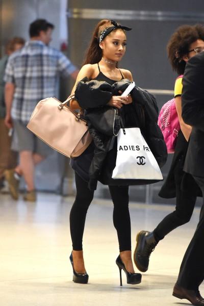 ariana-grande-high-heels