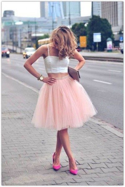 cropped-top-full-skirt-pumps-clutch-watch-original-10456