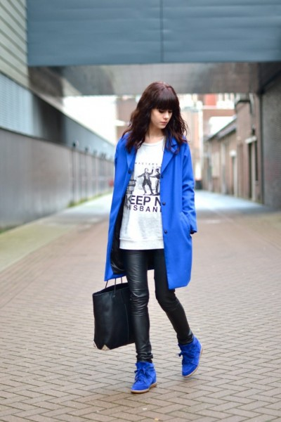 outfit-isabel-marant-bobby-sneakers-bright-blue-coat-710x1065