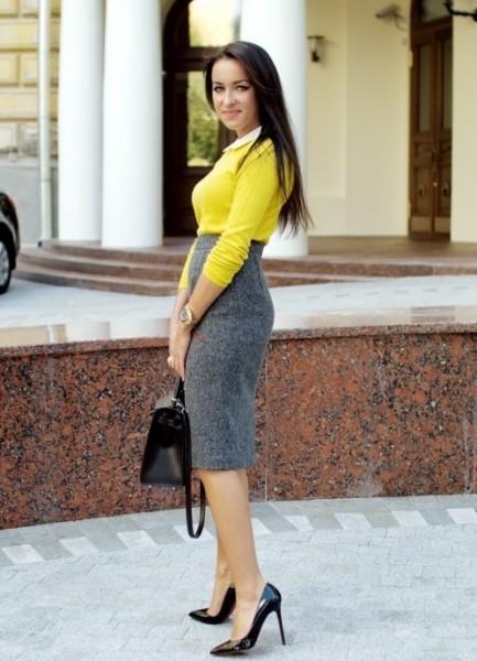 s_chem_nosit_seruyu_yubku3