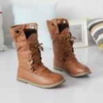 Женские ботинки на шнурках без каблука