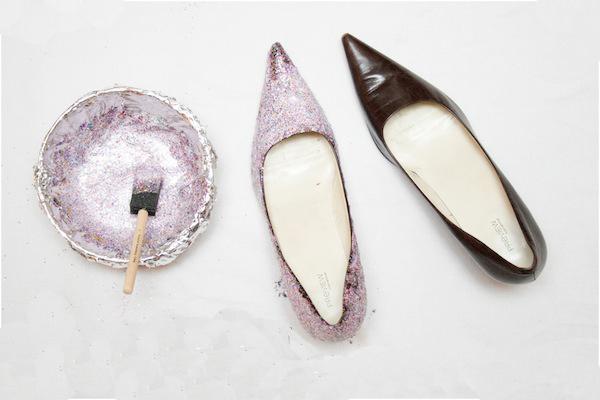 Красить туфли