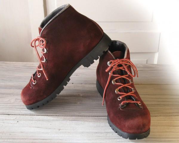 Туристическая обувь для женщин
