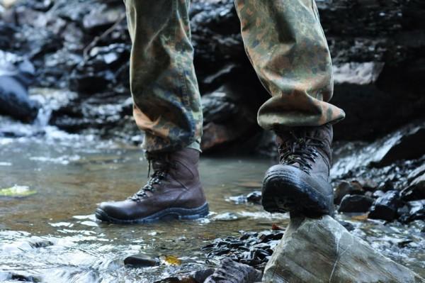 Водонепроницаемая туристическая обувь