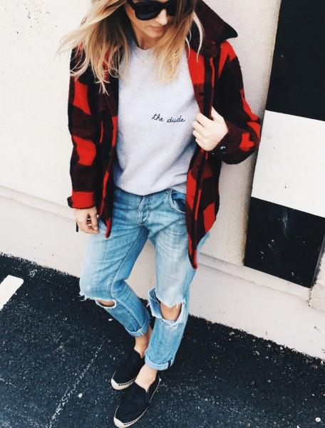 Расширяющиеся джинсы